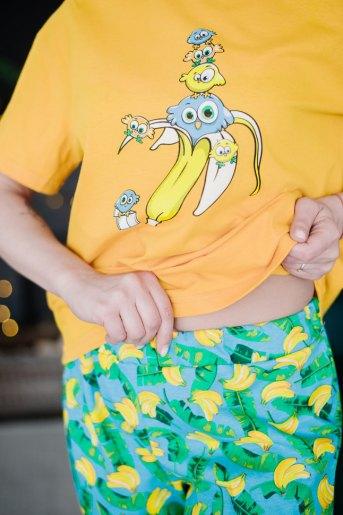Женская пижама ЖП 024 (T) (Принт смешарики в банане) (Фото 2)