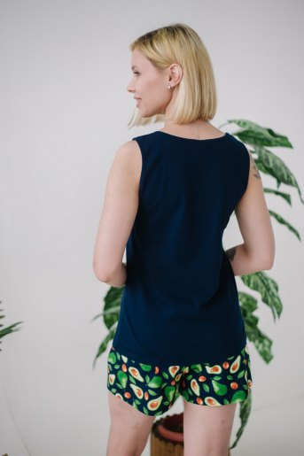 Женская пижама ЖП 059 (T) (Принт авокадо на т.-синем) (Фото 2)